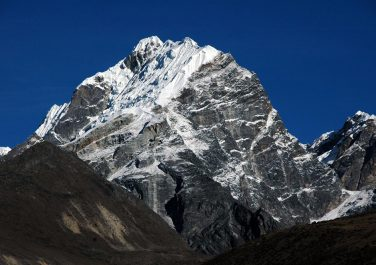 EVEREST BASE CAMP & LOBUCHE EAST PEAK (6119 Meters) CLIMB